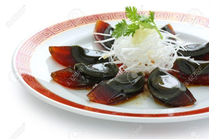 10784471-ピータン、皿の上の中華料理