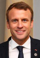 Emmanuel_Macron_in_Tallinn_Digital_Summit._Welcome_dinner_hosted_by_HE_Donald_Tusk._Handshake_36669381364_cropped_2-2